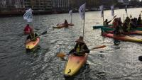 Kayak-Aktion in Paris